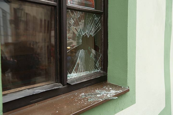 A2B Glass are able to board up broken windows while they are being repaired in Balham.